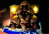 Scared Stiff - Skull Pile Candles mod